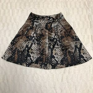 Worthington Snake Print Lined Skirt with Pockets!